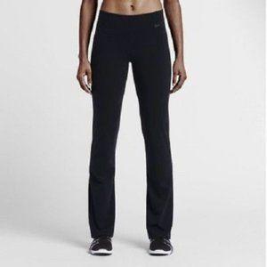 Nike Women's Legend Skinny Fit Dri-Fit Leggings